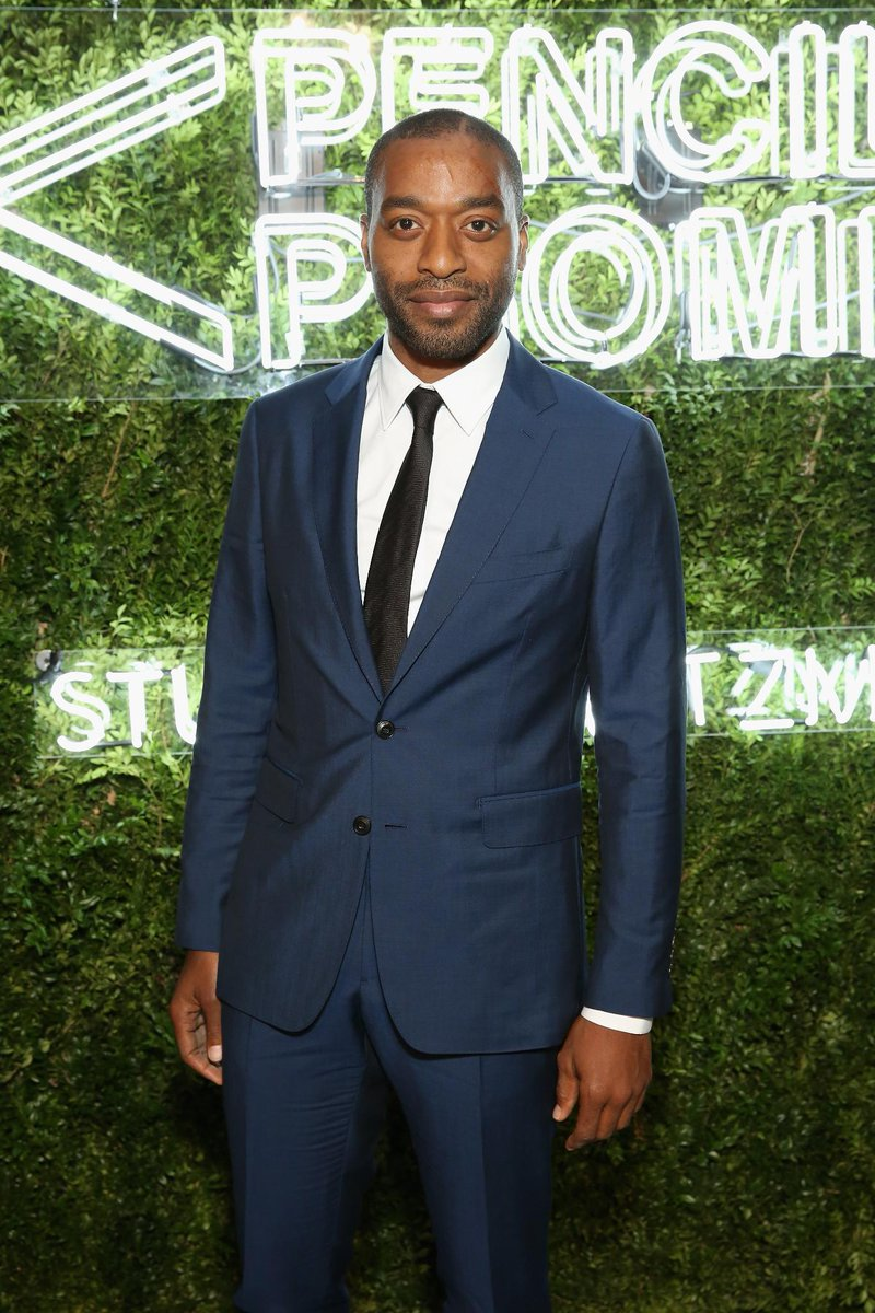 Actor Chiwetel Ejiofor wears @Burberry tailoring to the @PencilsOfPromis gala in New York https://t.co/OFs1zdrmiV