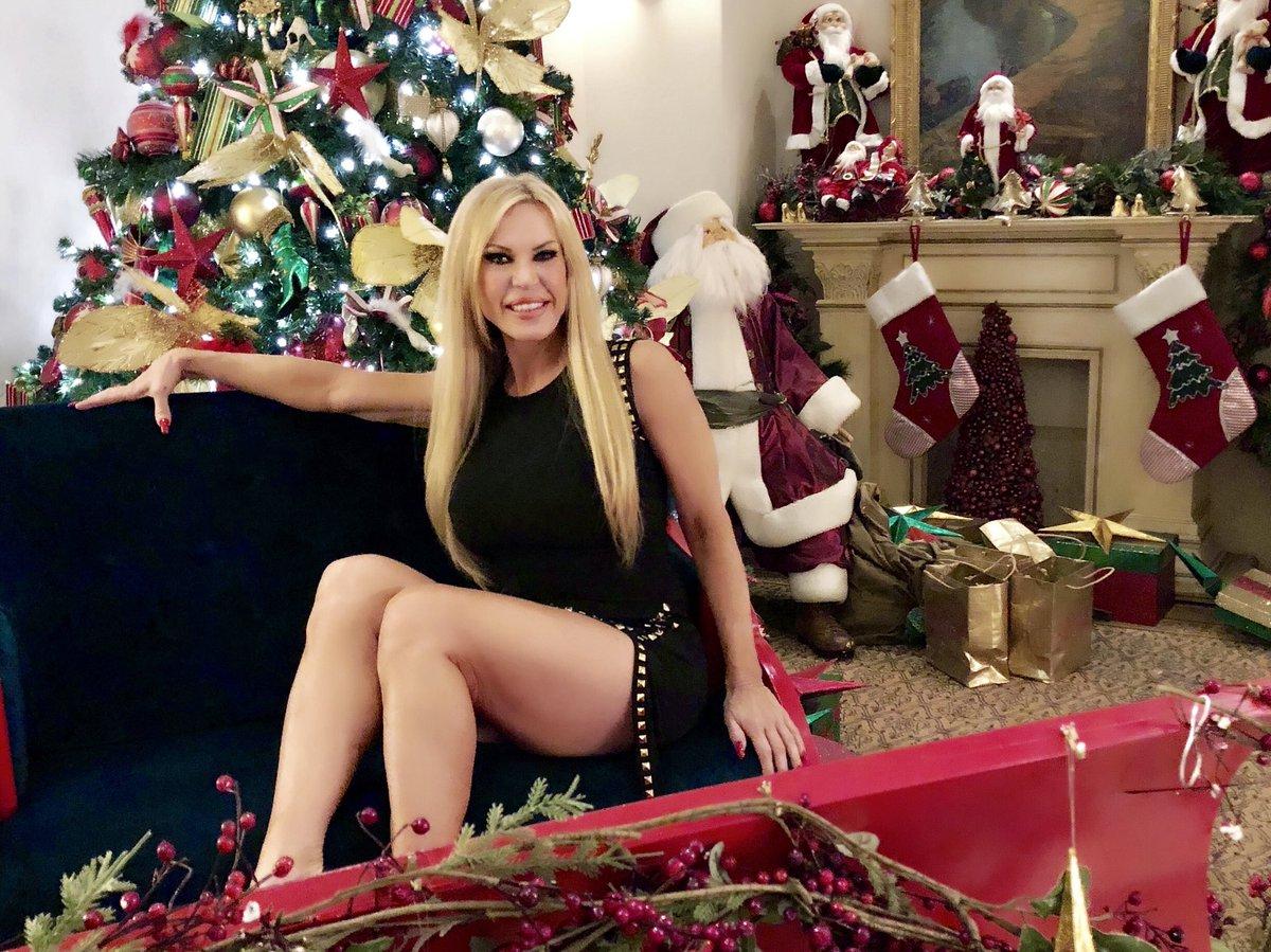 Merry Christmas everyone love, Amber Lynn PKRqthTWhg