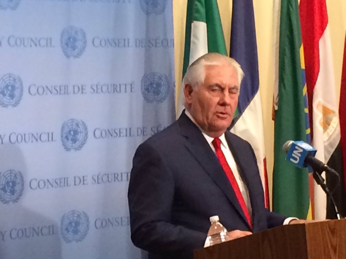 test Twitter Media - Rex Tillerson to media: no daylight at all on pressure campaign, pres asked China to stop oil exports #DPRK https://t.co/kE2PYwjDST