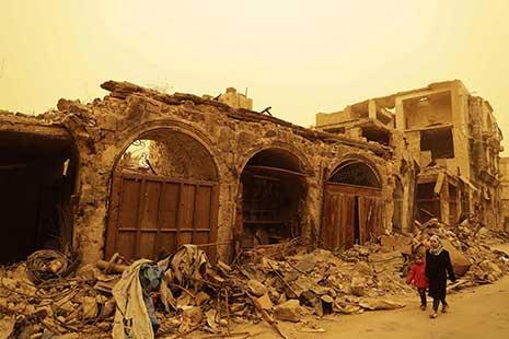 «رجل أعمال» متوارٍ عن الأنظار: موسم «صيد الحيتان» يبدأ في حلب؟