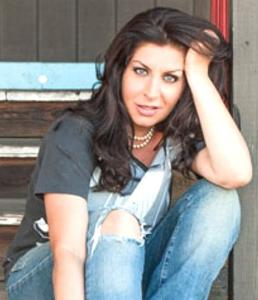 Station Liner by Tammy Pescatelli is #NowPlaying on https://t.co/IBx3JZxB9Y https://t.co/RffVnyuDLI