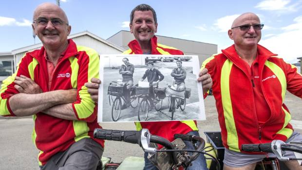 Waimate posties still deliver in 30-year reunion