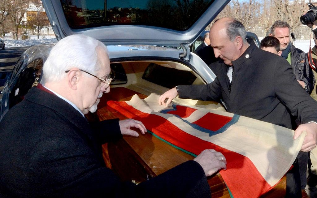 Riling Jewish community, exiled Italian king's remains repatriated 70 years on
