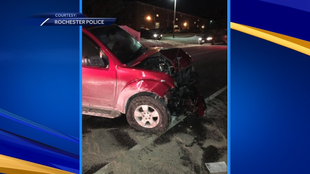 Man hospitalized after two-car crash in Rochester