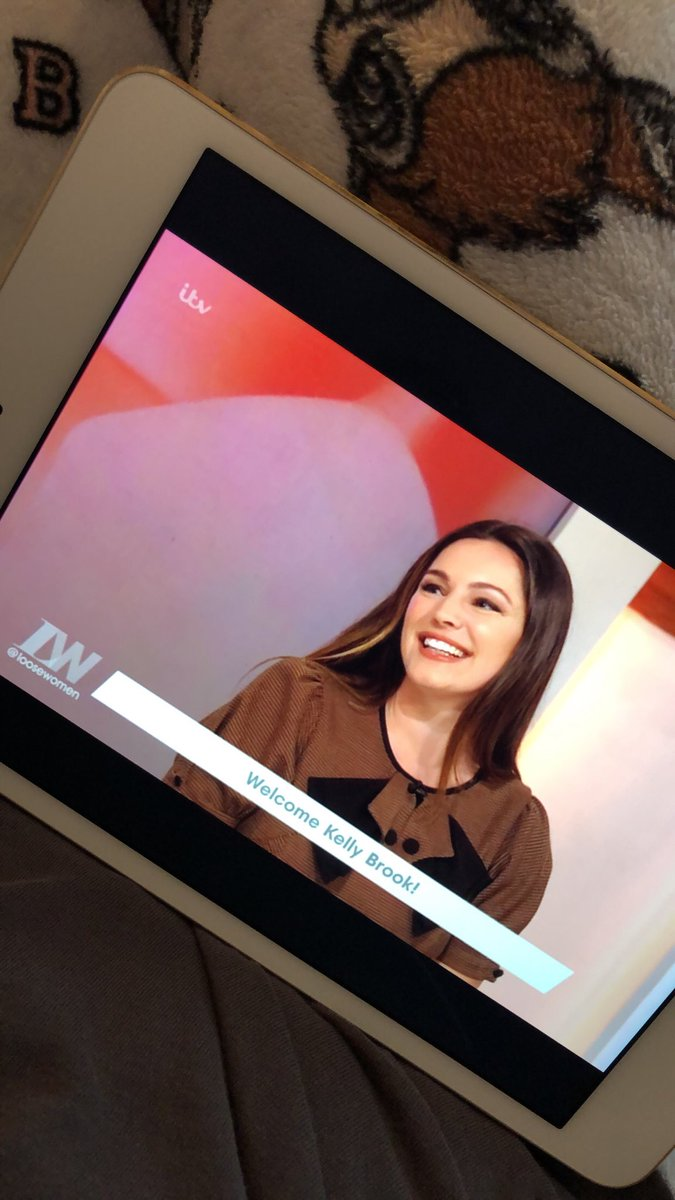 RT @georgia_1b: Please can they make @IAMKELLYBROOK a regular on @loosewomen ????????❤️ https://t.co/jCd1vKyQtK