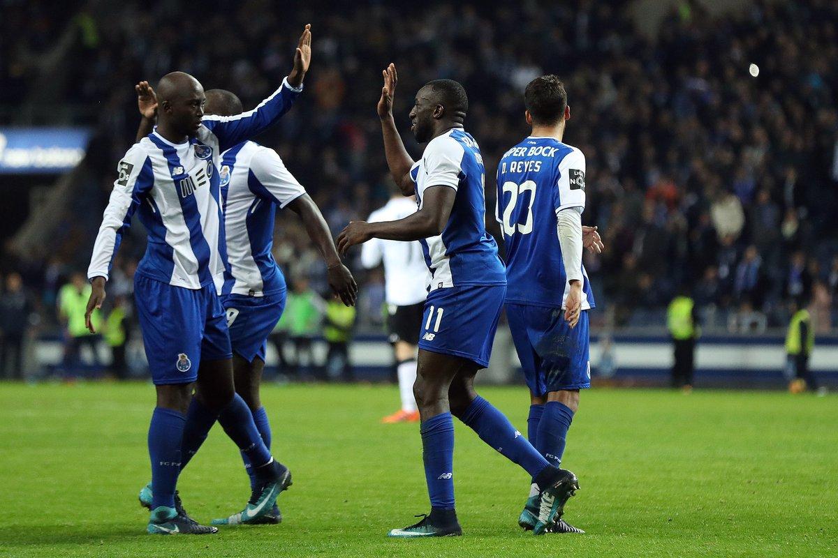 RT @somosporto1893: Dia de FC Porto:  FC Porto vs CD Tondela 21h00 Estádio do Dragão   #SomosPorto #CDTFCP https://t.co/vmzVx1iS67