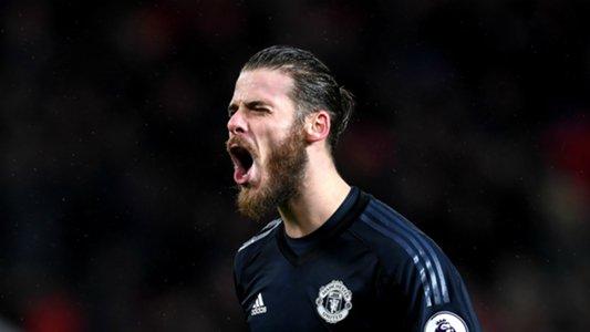 De Gea happy to delay Man Utd contract talks