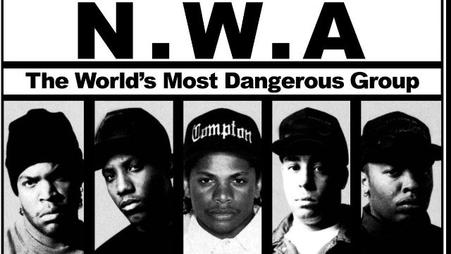 Someone hacked a police radio frequency to broadcast N.W.A.'s 'Fuck Tha Police' on repeat https://t.co/Qjbs3jyg33 https://t.co/ew2oGKClDw
