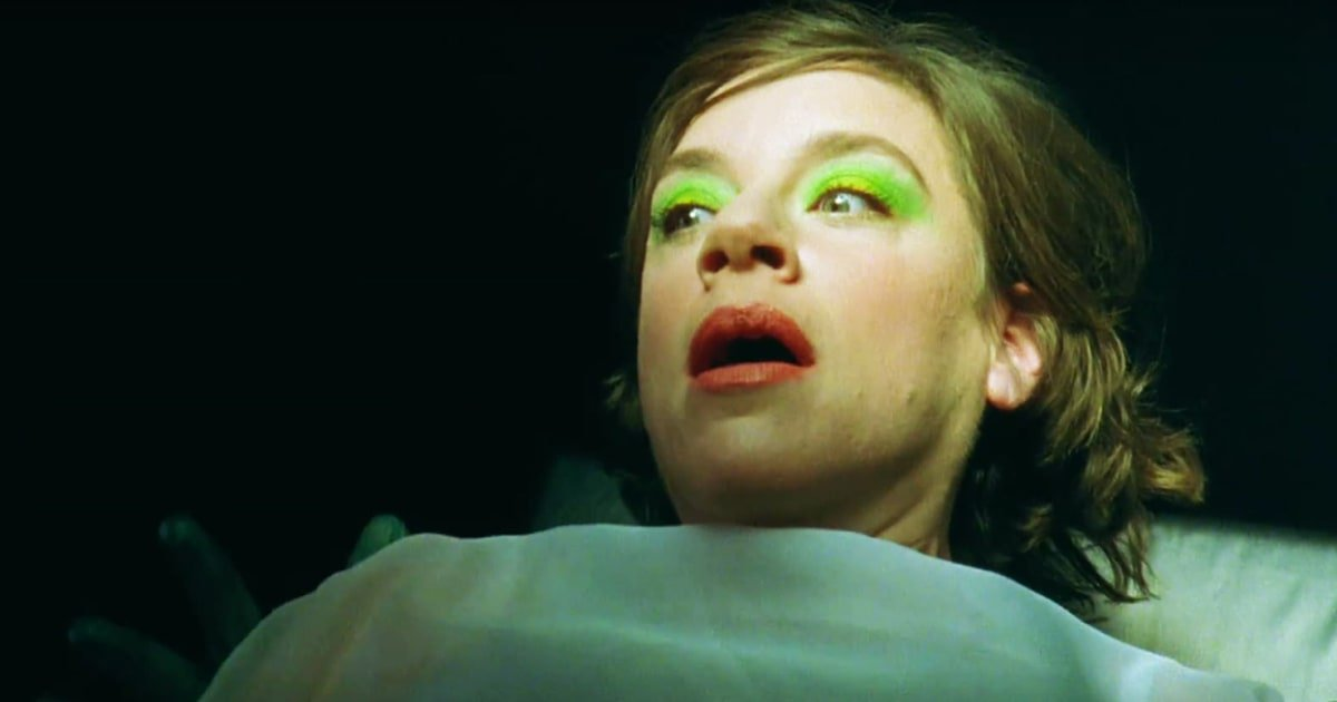 Watch Tune-Yards' ecstatic new video for 'Heart Attack' https://t.co/TCOPJUVAbt https://t.co/767hFfWGcJ