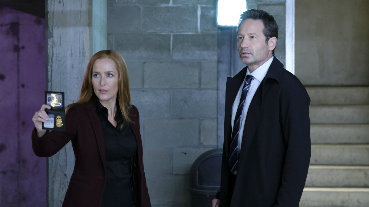 #GillianAnderson explains why she's leaving #TheXFiles after season 11. #XFiles  https://t.co/4BhF15Hj9B https://t.co/mf4nYthG1g