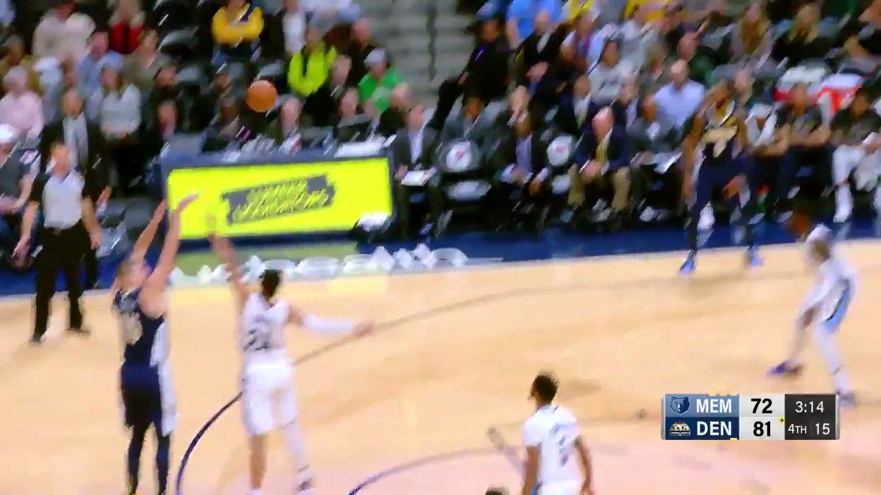 The @nuggets pick and pop ends in a Nikola Jokic three!  #MileHighBasketball https://t.co/zwiOrcUpAj