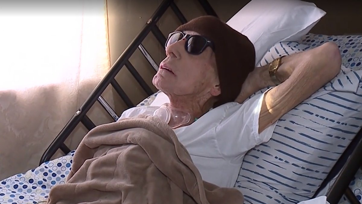 Dying cancer patient faces eviction from his home