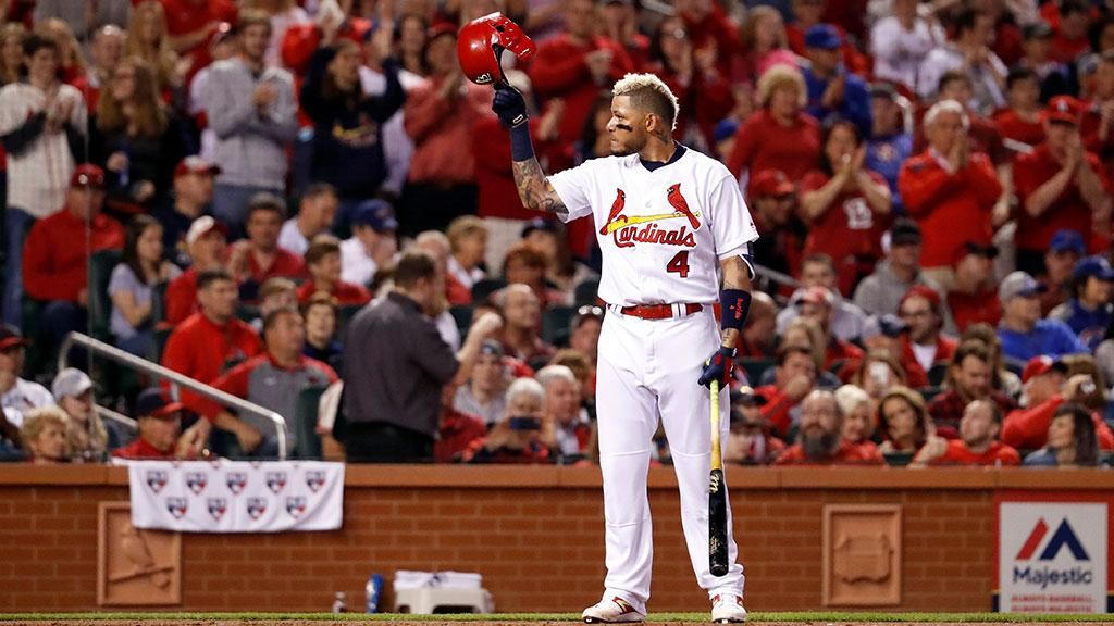 .@Cardinals' Yadier Molina expects to retire when his contract ends, after the 2020 season: https://t.co/yPiQUUaqb6 https://t.co/NAq7bhFQRf