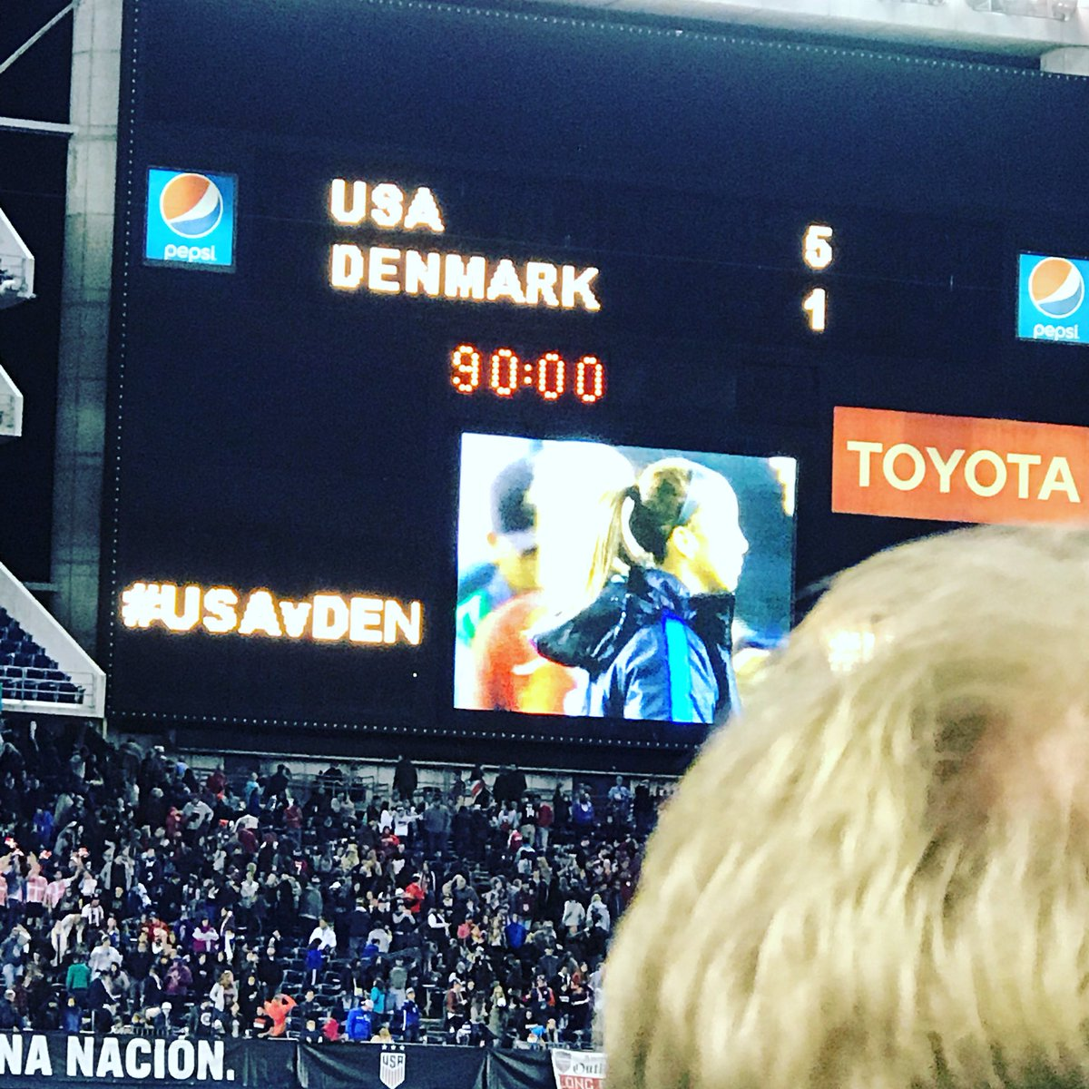 Amazing game!  So glad I could be there #wegotthreestars #USAvDEN https://t.co/zzL10NI0TT