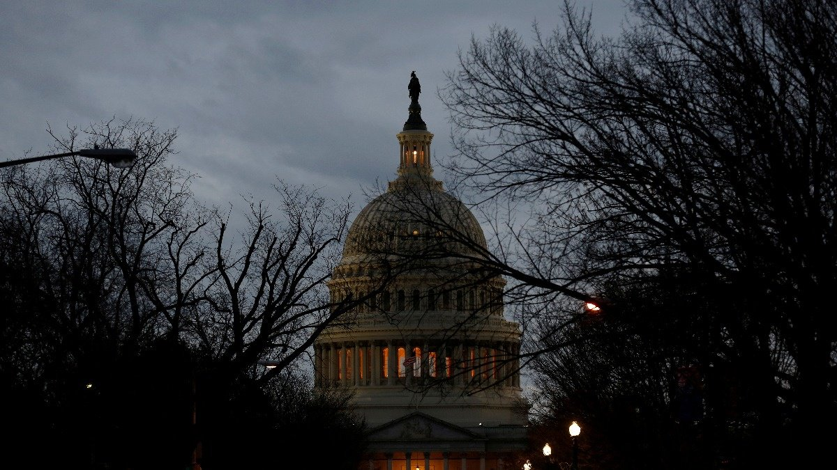WATCH: U.S. government shutdown heads into third day https://t.co/dfJNnFhwg9 via @ReutersTV https://t.co/0CcJq00JeS