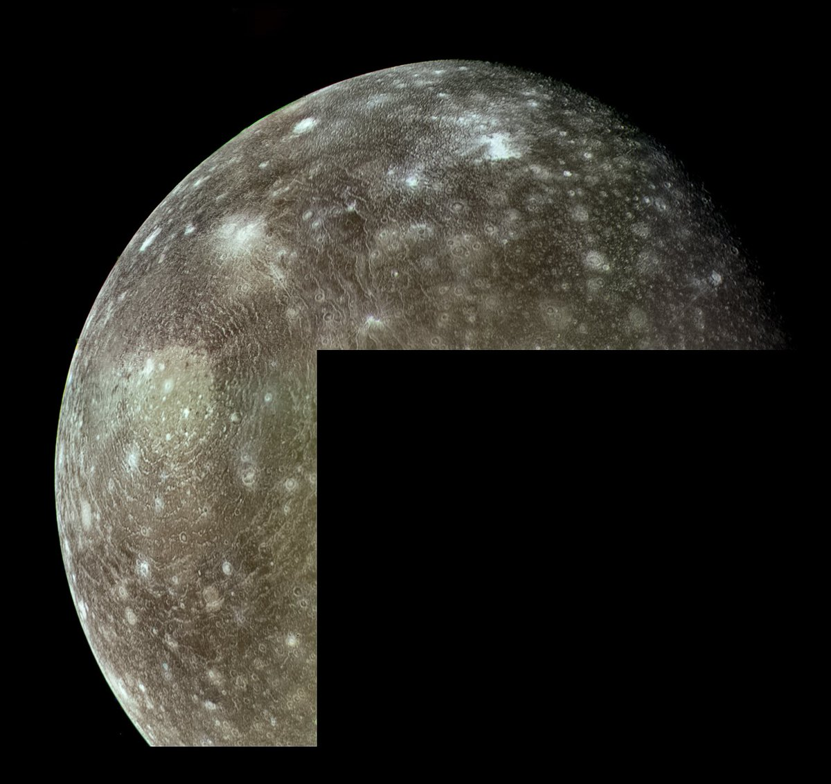 Valhalla Crater on Callisto in Green/Blue/Violet, imaged by Voyager 1 in March, 1979 - https://t.co/LZ8Q43MSAl https://t.co/wLyxy2Lm0F