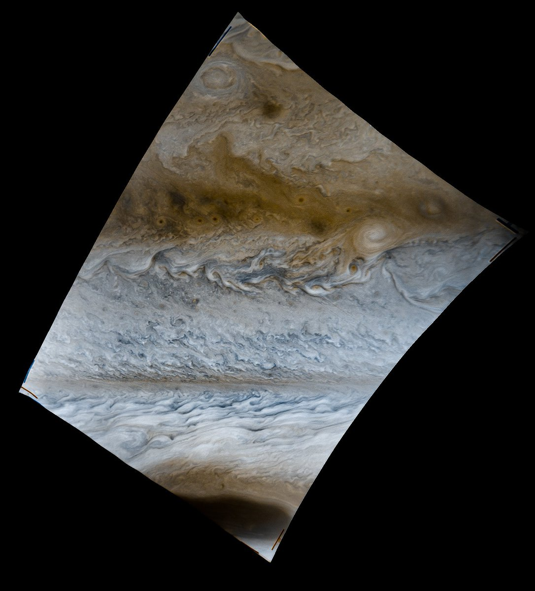 This is Jupiter at 25.6 km/pixel. @NASAVoyager data from March, 1979 - https://t.co/nM2o6shLmS https://t.co/k36QBOkx3n
