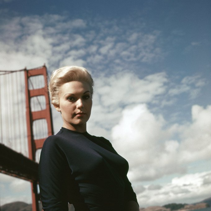 Happy 85th birthday, Kim Novak.