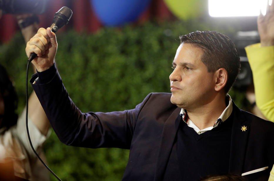Evangélico e governista irão a 2º turno eleitoral na Costa Rica