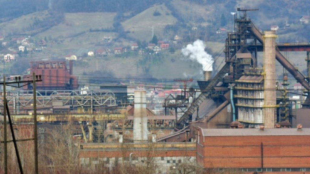 Bosnian workers go hungry in fight for full payment