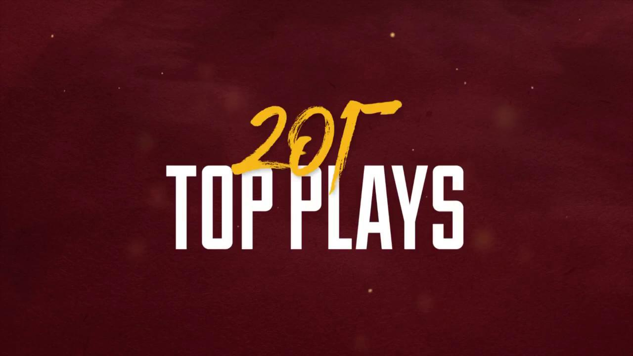 .@JDoc_son absolutely MOSSED the Raiders on this play. #TopPlays2017 #HTTR  Watch more: https://t.co/z4yVX4HQsL https://t.co/R5ln4SXcm3