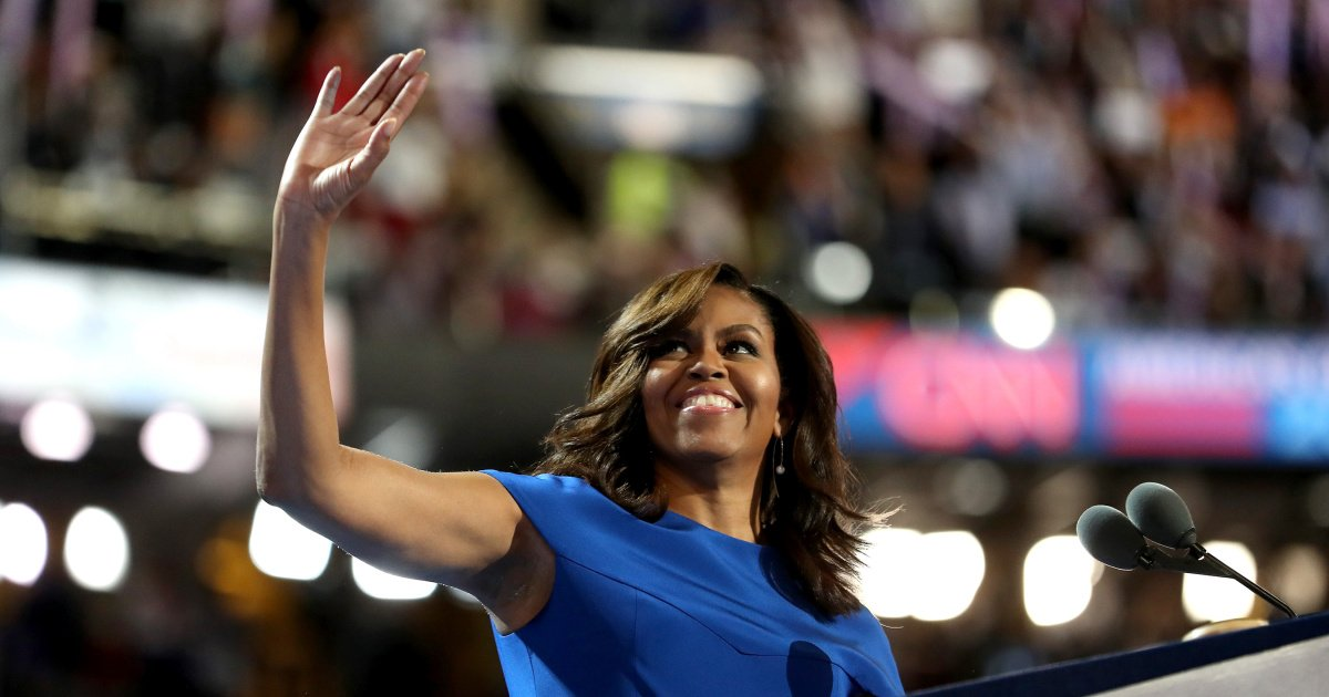 "Michelle Obama announces ""deeply personal"" memoir 'Becoming':"