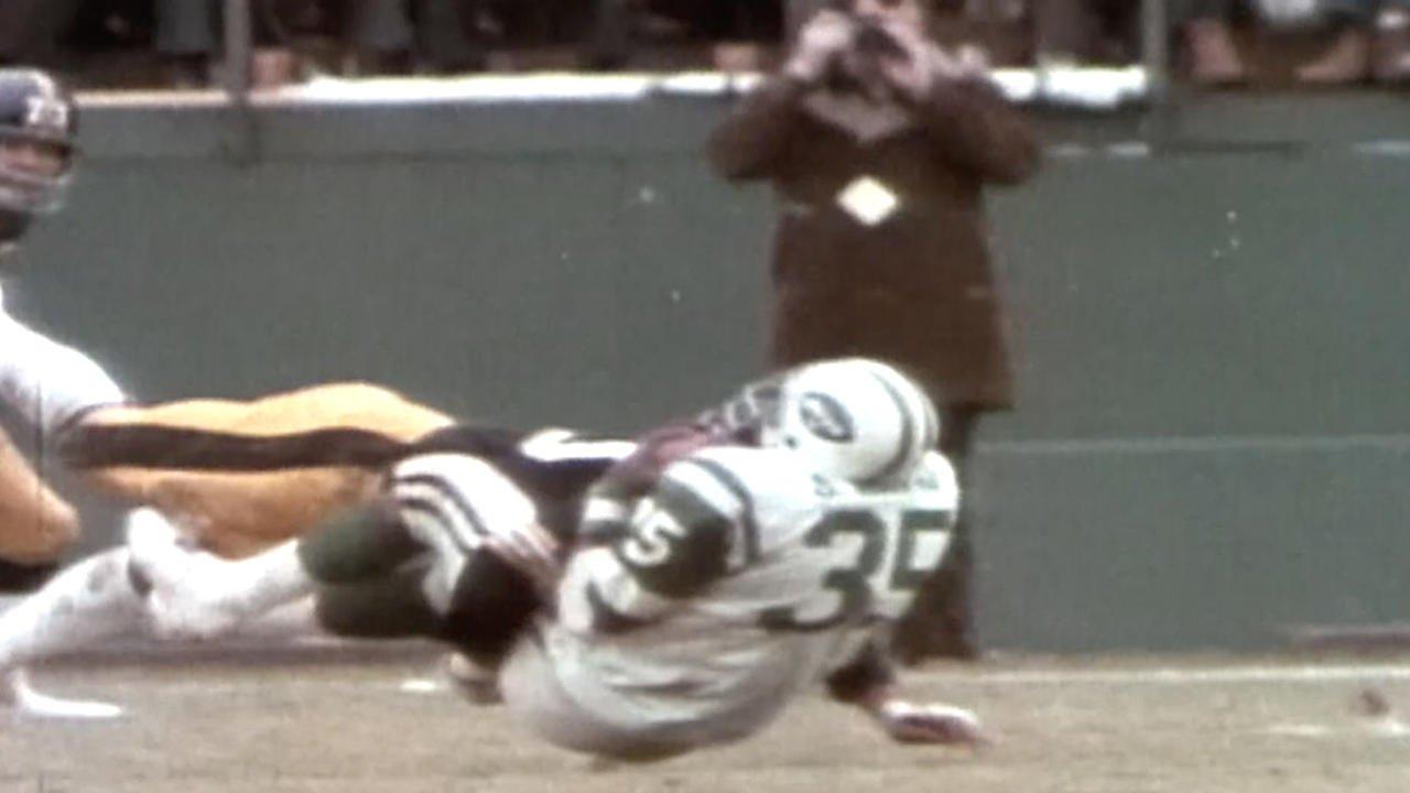 #OTD in 1983, Hall of Fame LB Jack Ham retired.  #SteelersHistory https://t.co/IMUB8g0c5Y