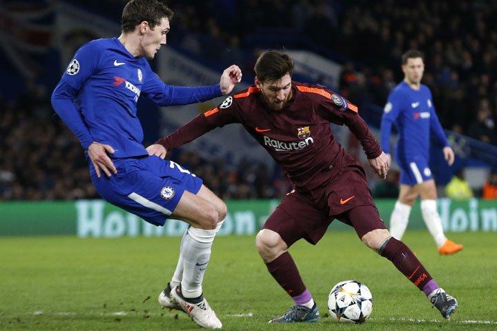 @BroadcastImagem: Willian brilha, mas Messi desencanta e Chelsea e Barcelona empatam em Londres. Alastair Grant/AP