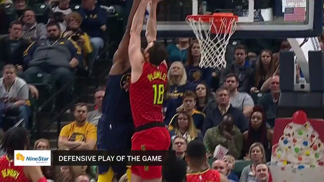Miles Plumlee makes a play once more with the emphatic rejection at the rim! #TrueToAtlanta https://t.co/kNJjrq6E9I