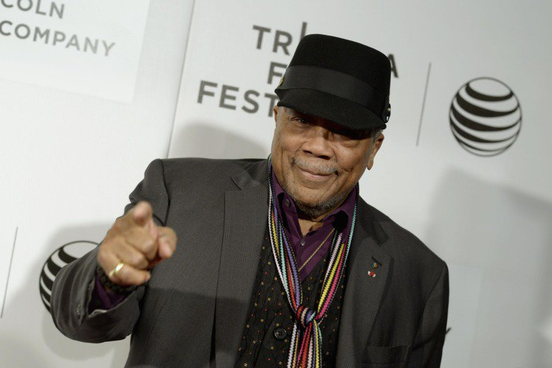 """Quincy Jones is really sorry about his """"word vomit"""" during those infamous interviews: https://t.co/mAvZpWxpvr https://t.co/CmZL5CAviS"""