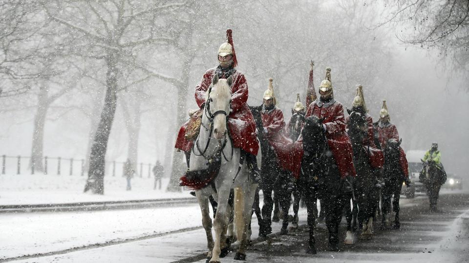 Heavy winter weather batters UK, European mainland