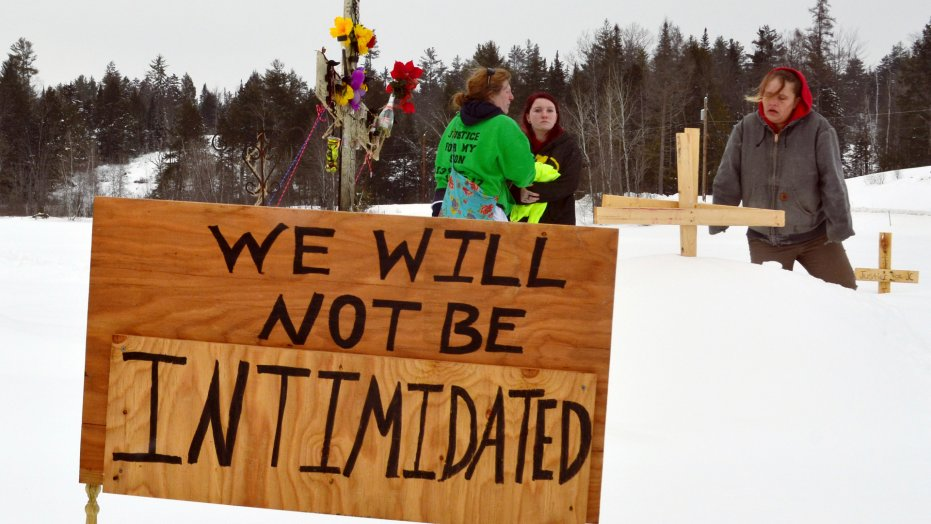 New Hampshire community posts memorial for man killed by police