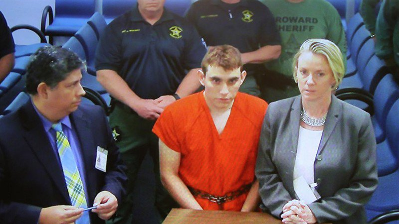 Details emerge about accused Parkland shooter's texts