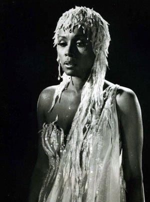 "test Twitter Media - July 17:Happy 84th birthday to actress,Diahann Carroll (""Carmen Jones"") https://t.co/n8a1pxDKL2 https://t.co/R0pWjulBTP"