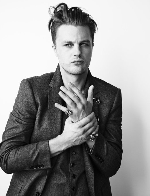 Michael Pitt, ladies and gentlemen Happy birthday to my biggest crush ever