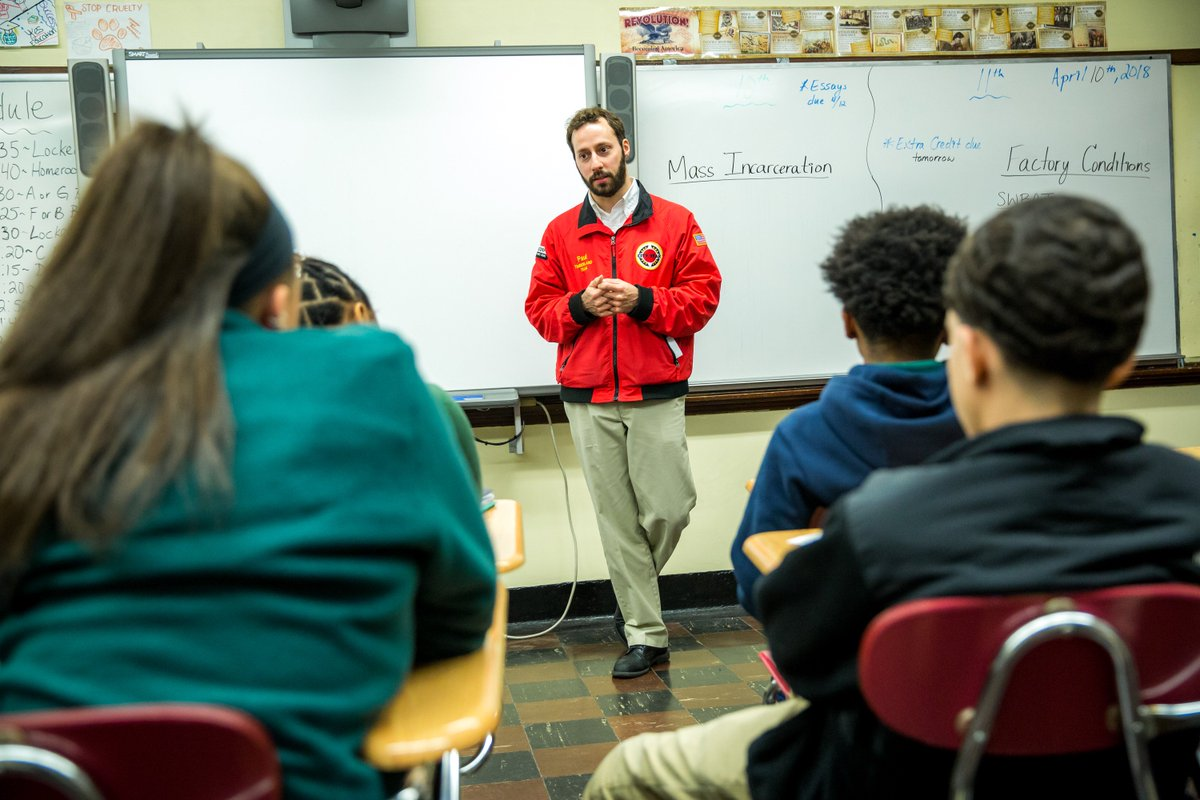 test Twitter Media - Thanks @CYPaulRecruits, regional recruitment manager for @CityYear, for speaking to @CHSBoston students as a part of our education industry panel for Career Day! https://t.co/fJTLKEG2W5