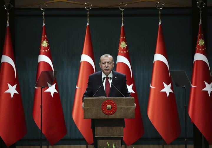 @BroadcastImagem: Recep Tayyip Erdogan antecipa eleições gerais na Turquia para junho deste ano. AP Photo
