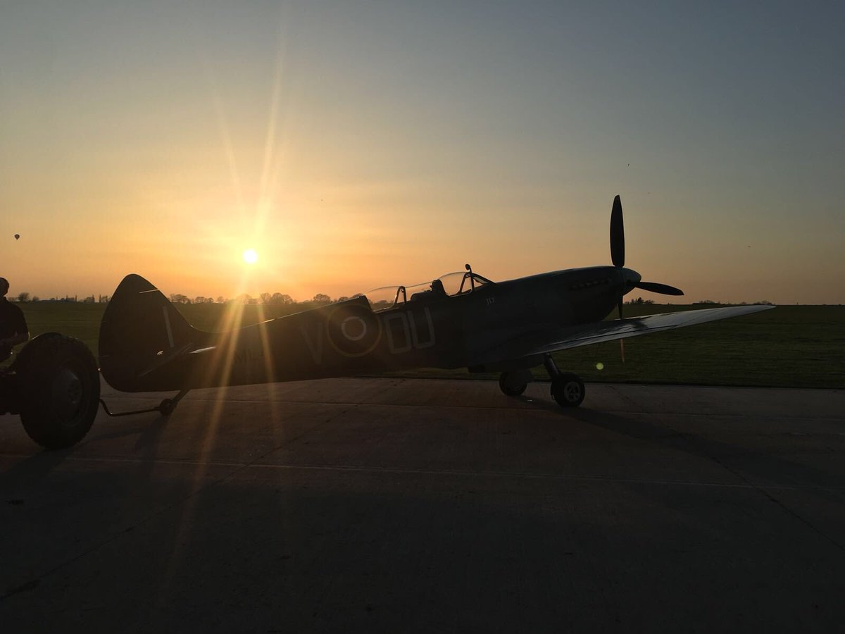 test Twitter Media - Daisy Grace captured yesterday evenings hint of summer as ML407 was being hangared after two days flying making 8 very happy people's lifelong dream a reality! https://t.co/6iCDU95H7u