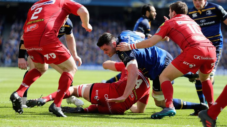 test Twitter Media - REPORT - Leinster 38-16 Scarlets - Leo Cullen's men charge into the European Rugby Champions Cup final with a commanding 38-9 win over the Scarlets in Dublin: https://t.co/8YRmpSg9oH https://t.co/UdbRAU7vVG