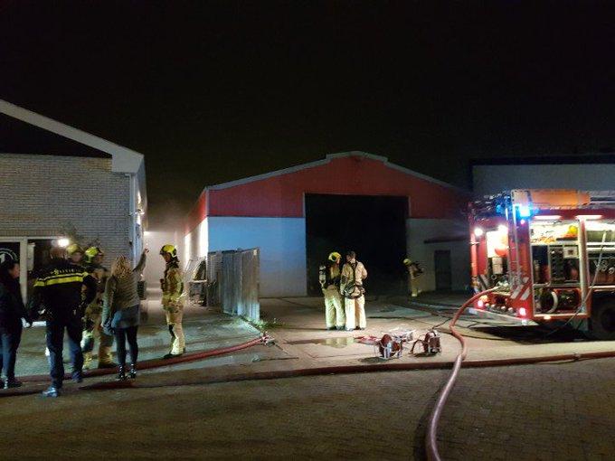 DeLier Binnenbrand aan De Hondert Marger Bedrijfshal in brand. https://t.co/X6mFg25Hkm