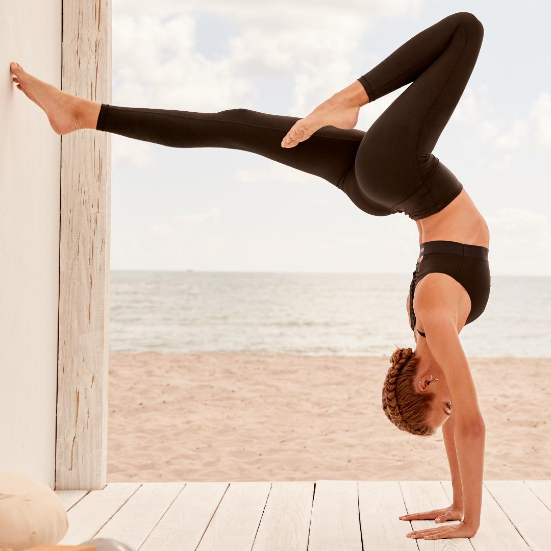Turn your yoga routine upside down with our breathable new Incredible Ultra Light bra! https://t.co/hAMht65lNG https://t.co/o0ZNbOozRb