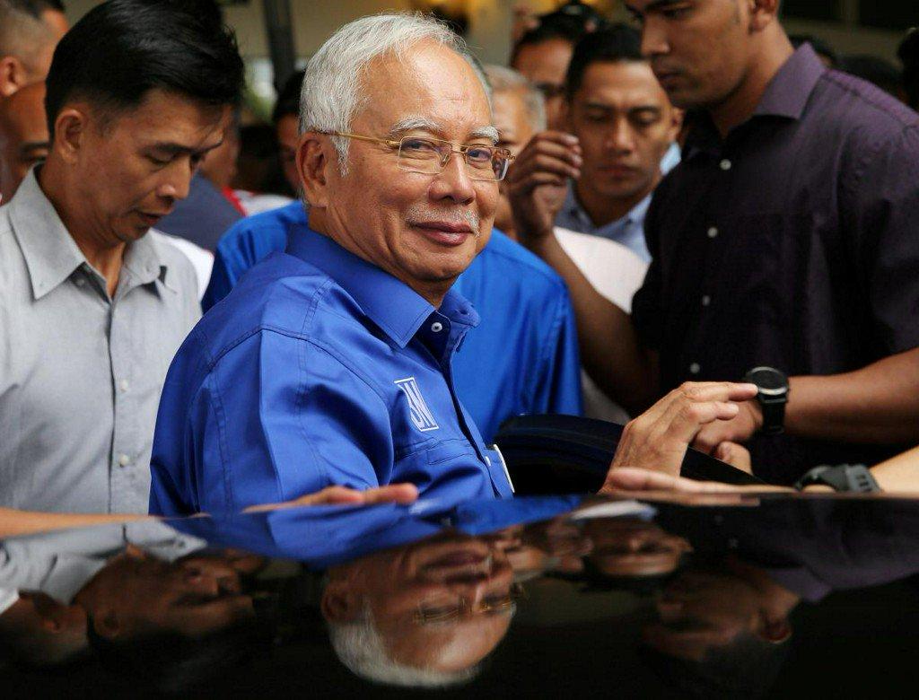 Malaysia in suspense ahead of Najib's visit to anti-graft agency https://t.co/isriBttmZG https://t.co/FV1Amn3q3E