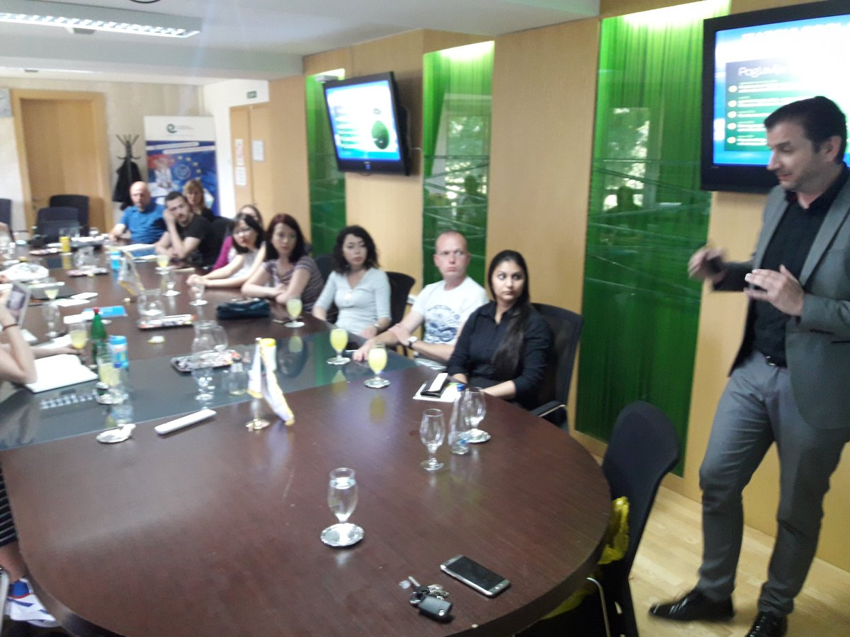 test Twitter Media - O upravljanju medicinskim otpadom  sa dr Miroslavom Poznicem iz Remondis @InzenjeriZZS @CSOnnectSrbija #remondis @hrabricistac https://t.co/eYMQEBRYca