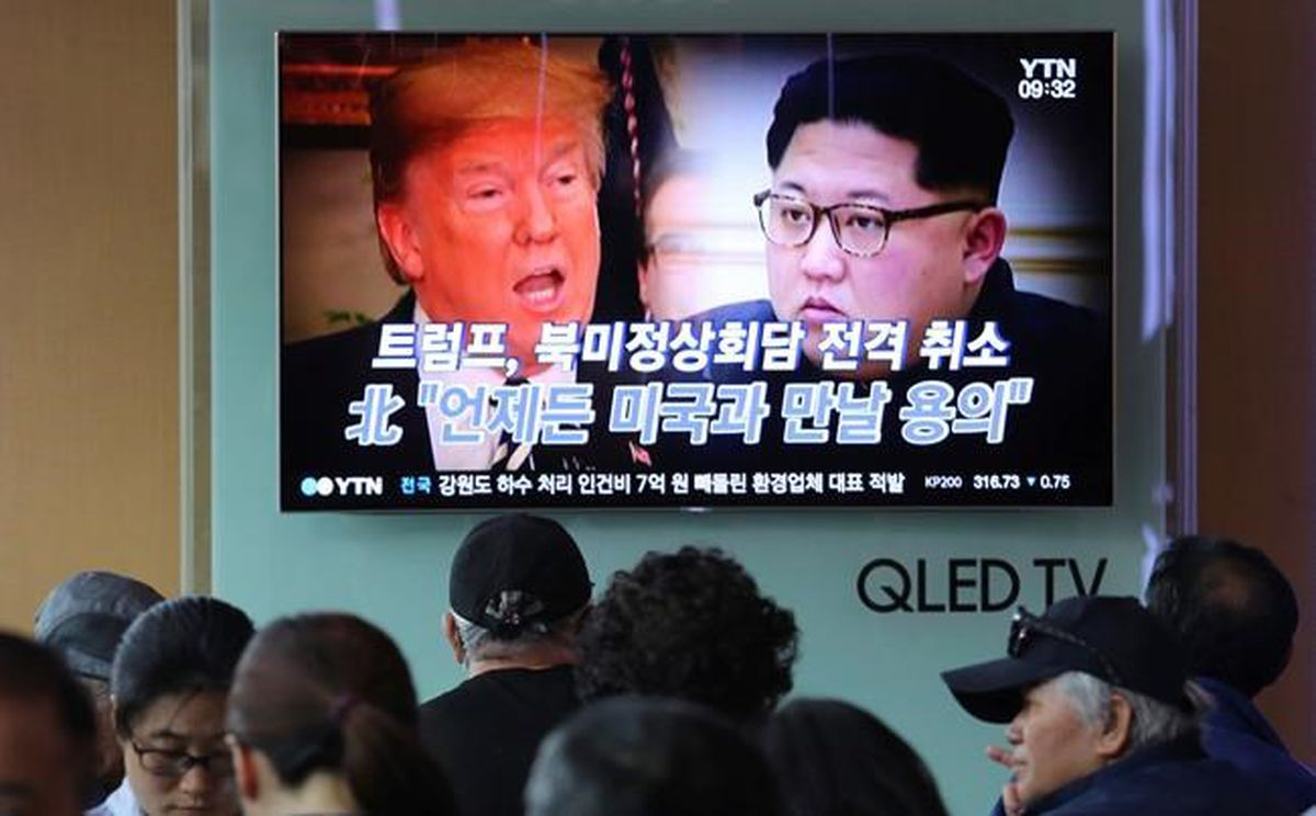 U.S. officials cross into North Korea to prepare for possible summit: report