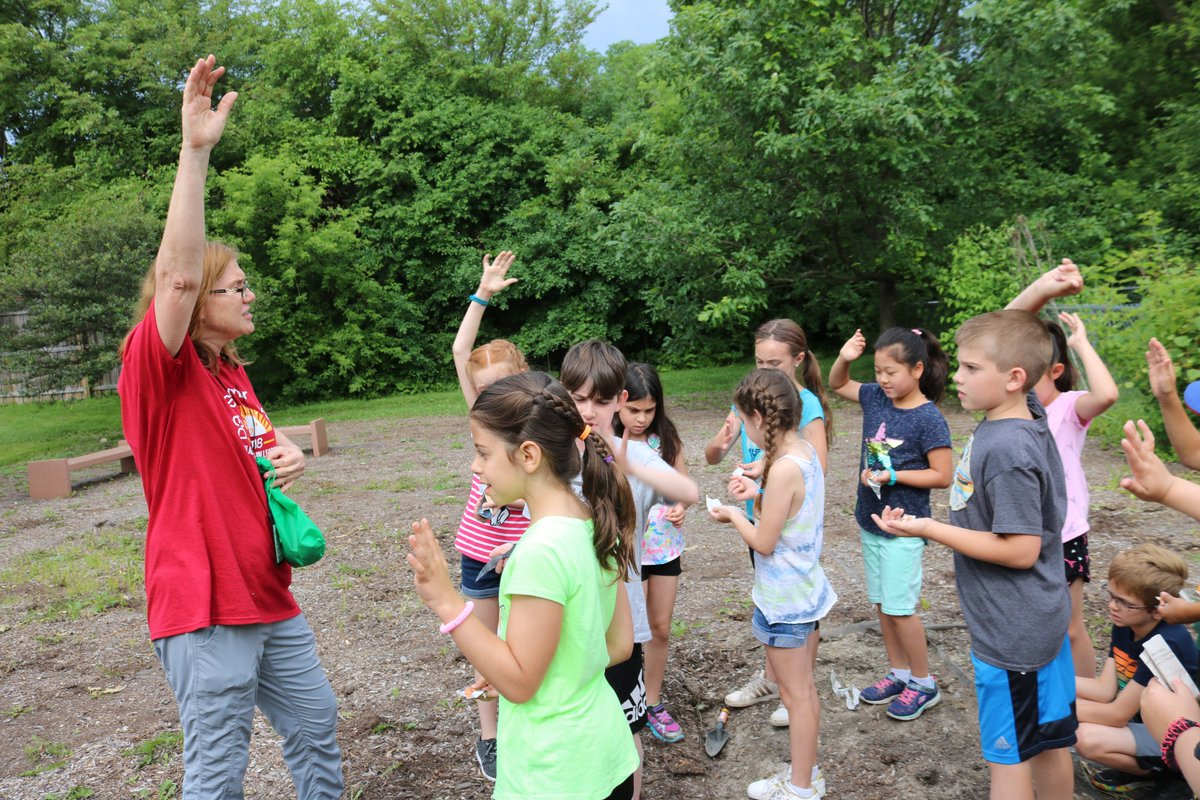 test Twitter Media - Green Thumbs' Summer School students w/ E. Losch prepared a new garden at WB this week, beginning with the placement of earthworms into the soil for conditioning. TY to D. Zabski & P. Astudillo for their help in preparing garden space! #d30learns https://t.co/wjOdD423uE … https://t.co/0nsmzsI9QH