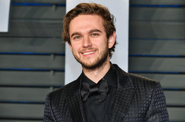 .@Zedd approved of @LiamPayne's covers of 'The Middle' at his first headlining show https://t.co/XfLa9An8z3 https://t.co/u3upwyOEK5
