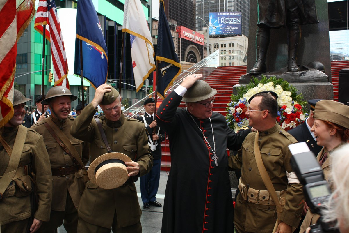 """test Twitter Media - We gathered this morning in Times Square to remember Fr. Duffy, beloved chaplain of New York's """"Fighting 69th"""" and priest of the Archdiocese of New York.  A very special thanks to our @ArmyChaplains and all of our service men and women! https://t.co/ypb7WYftuP"""