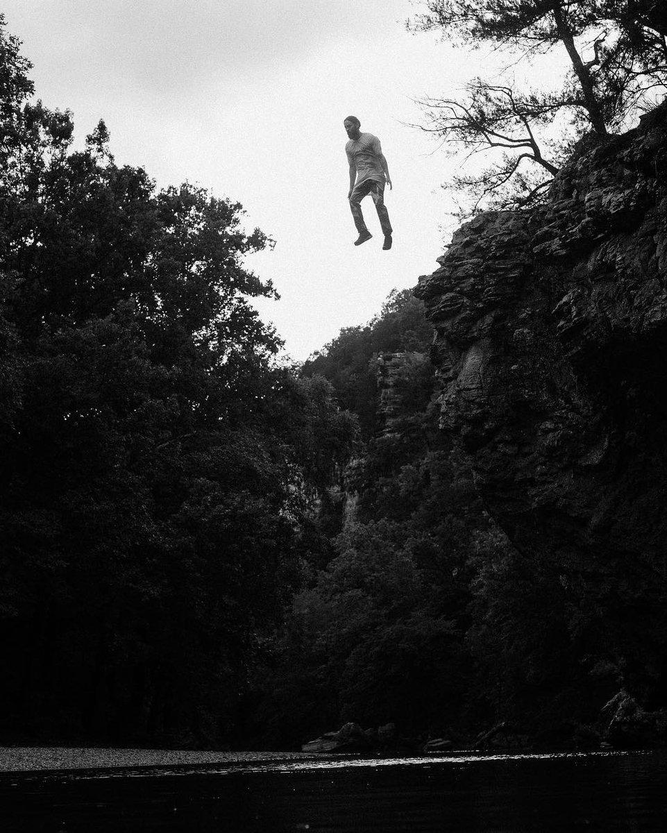 Free Fallin' ???????? https://t.co/LqKq4pKXWa https://t.co/230CtQHs4x