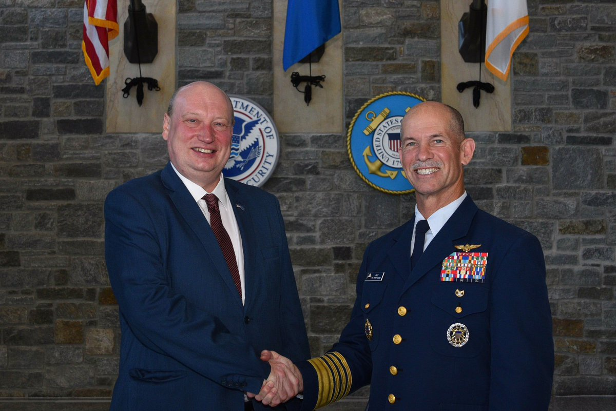 """test Twitter Media - """"Honoured to be received by Admiral Ray at the US Coast Guard @USCG. We discussed issues of common interest including cybersecurity, automation, multilateral cooperation @IMOHQ & reconfirmed the value of our strong and beneficial relationship."""" - DG Hololei  🇺🇸🇪🇺 https://t.co/GR7MXEukre"""