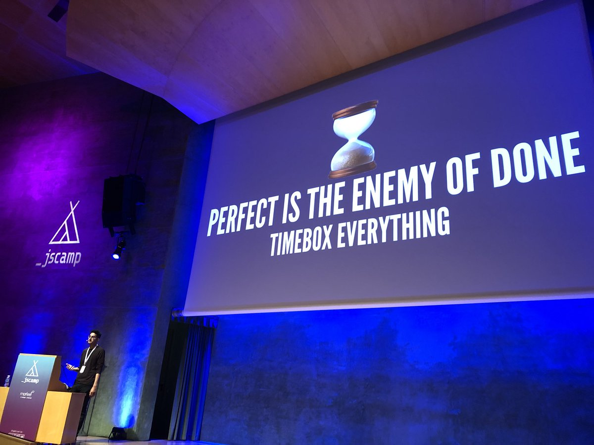 RT @ggrgur: Perfect ending for the perfect first conference appearance by @gabrrra #JScampBCN https://t.co/p1RM0mco25